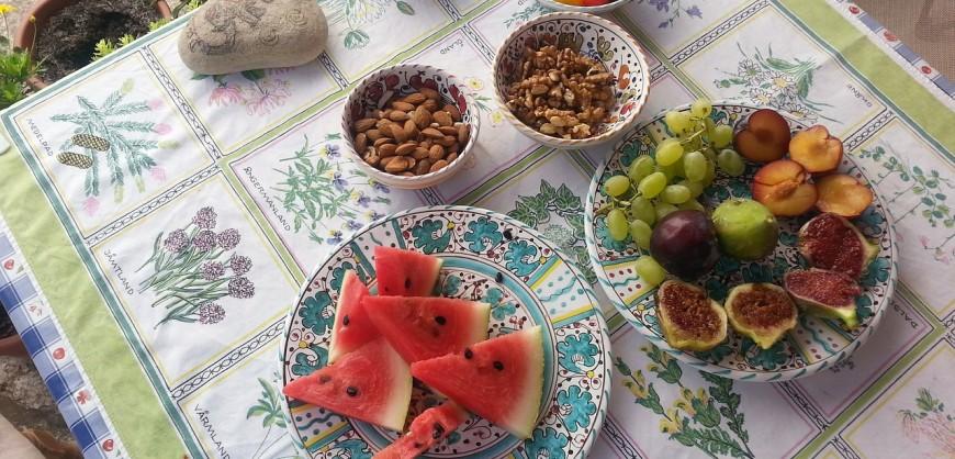 Плодове и ядки